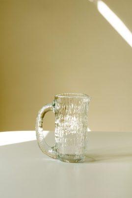 Vannfall mugge i klart glass